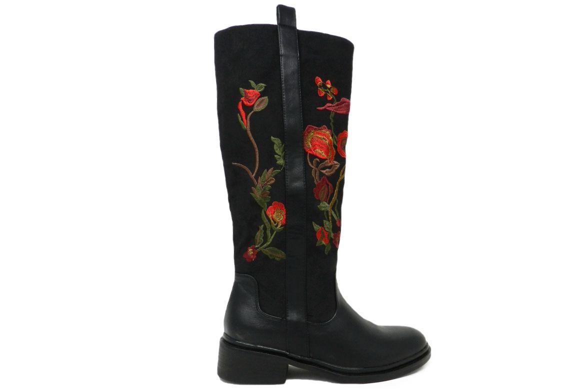separation shoes f5c23 306fb Stivali da donna in ecopelle dai dettagli decor - nero